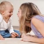bebek bakıcısı ve çocuk